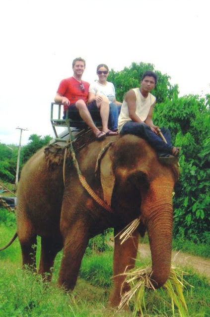 What to do on a honeymoon in Thailand: elephant trekking