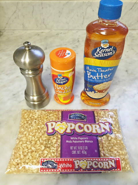 delicious easy popcorn seasoning recipe: Cheddar Cheese and Cracked Pepper Popcorn
