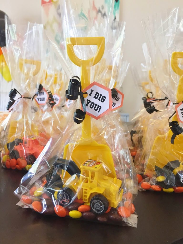 construction birthday party favors: I dig you!