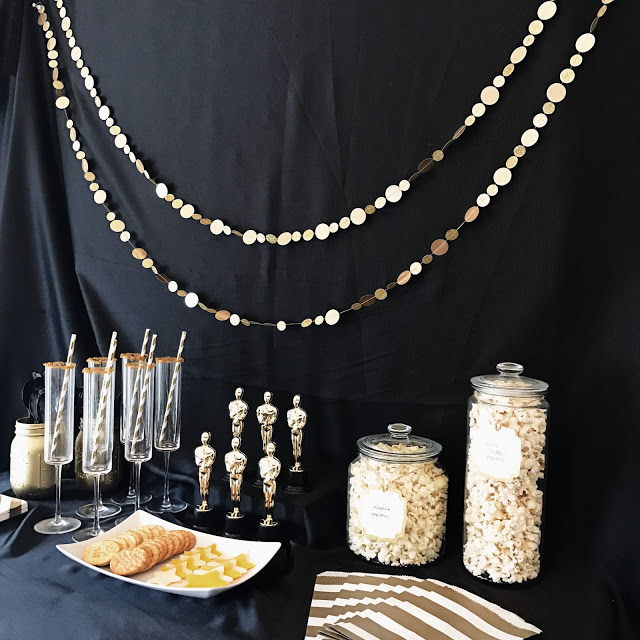 easy food and decor ideas for planning an oscar party or hollywood movie theme party