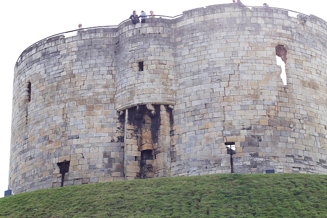 Clifford's Tower in Yorkshire - UK road trip planner