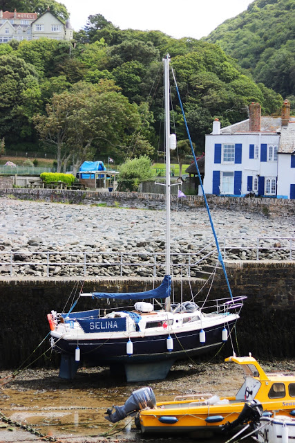 plannig a uk road trip: sight-seeing in lynmouth, devonshire, england