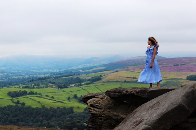 stanage edge at the peak district in derbyshire - uk road trip planner