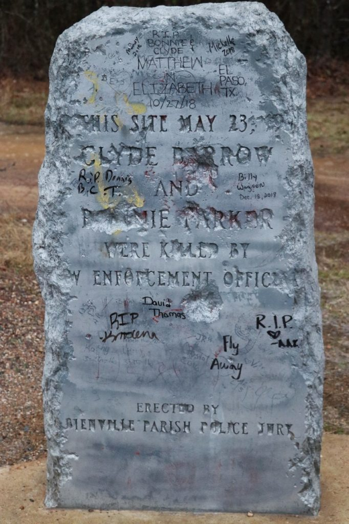 must see stops on a road trip from texas to washington dc: bonnie and Clyde's ambush site historical marker