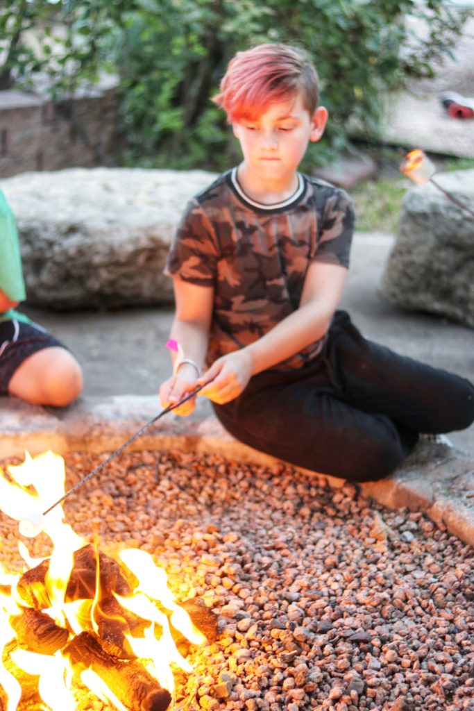 Best restaurants for kids in Austin, TX - Ski Shores Cafe on the lake