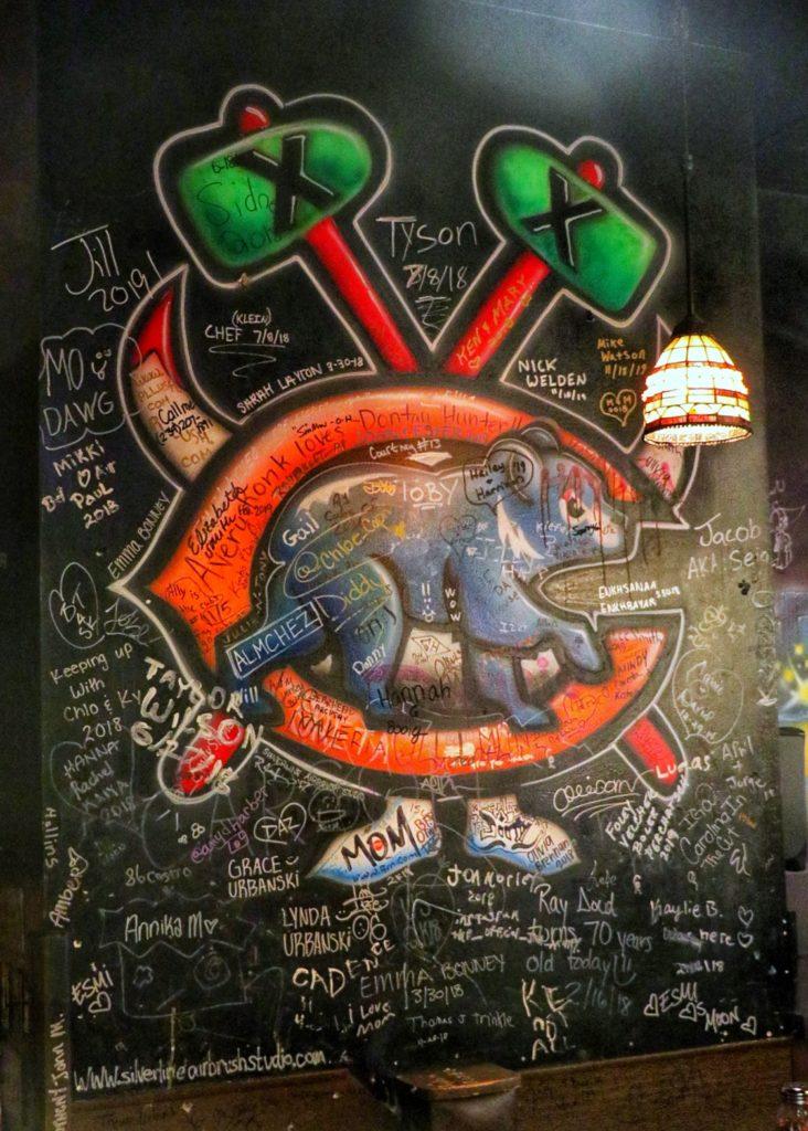 gino's east wall art
