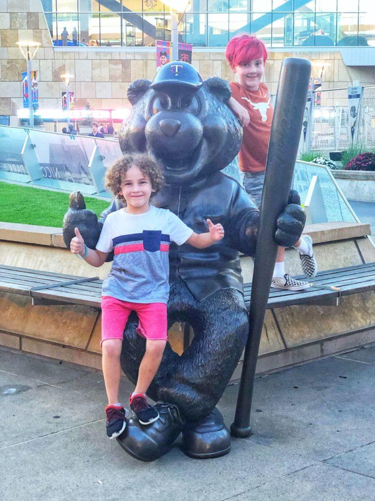 Minnesota Twins TC Bear mascot statue