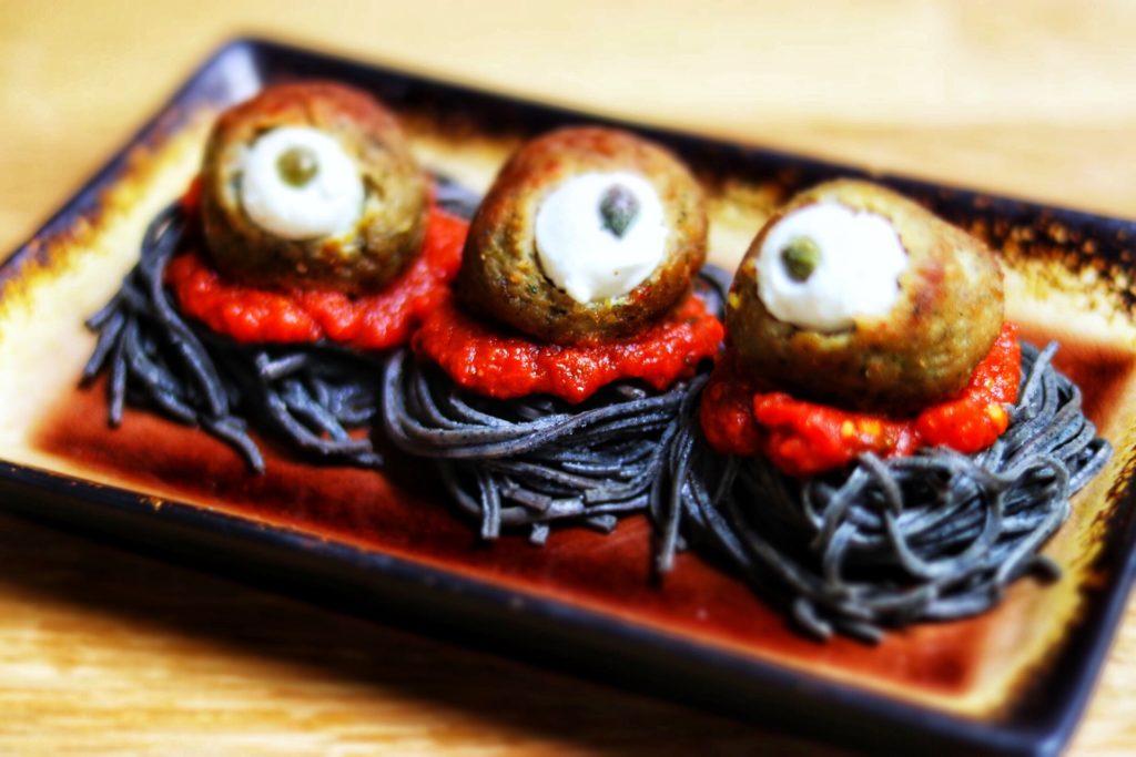 quick and easy kid-friendly Halloween recipe idea: spooky spaghetti with eyeballs