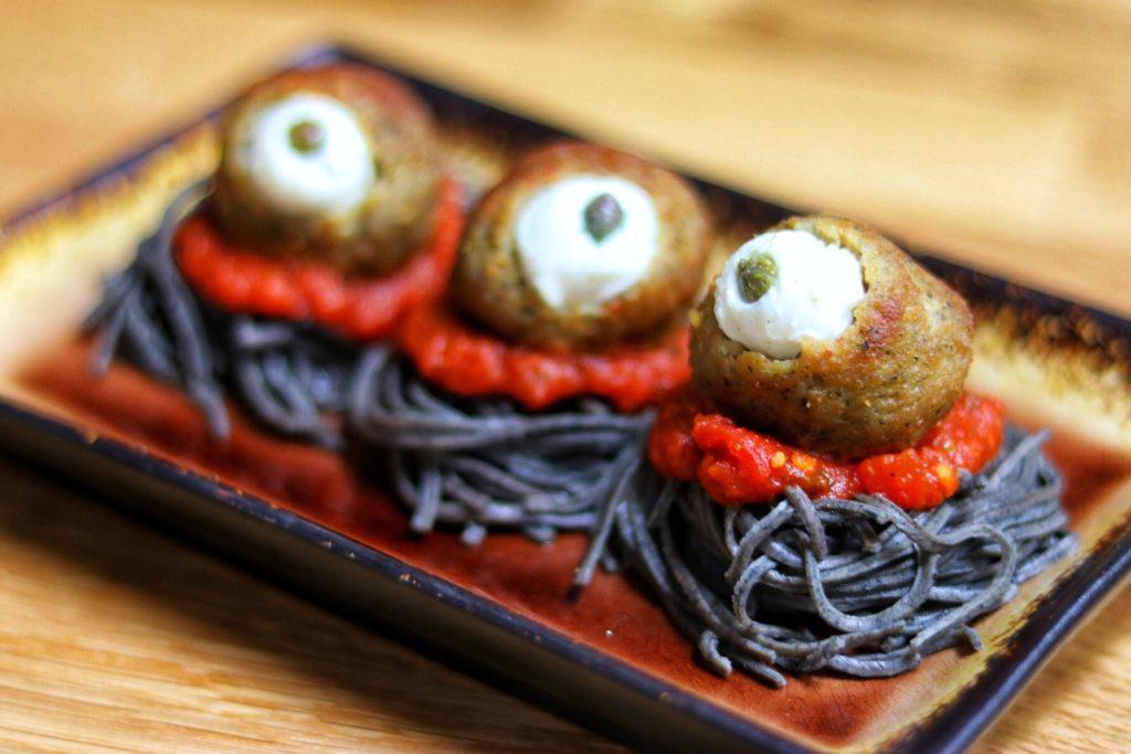 easy halloween food ideas: spooky spaghetti with black bean noodles
