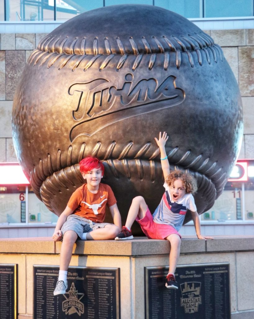 ultimate family baseball road trip through the midwest: minnesota twins game at target field in minneapolis