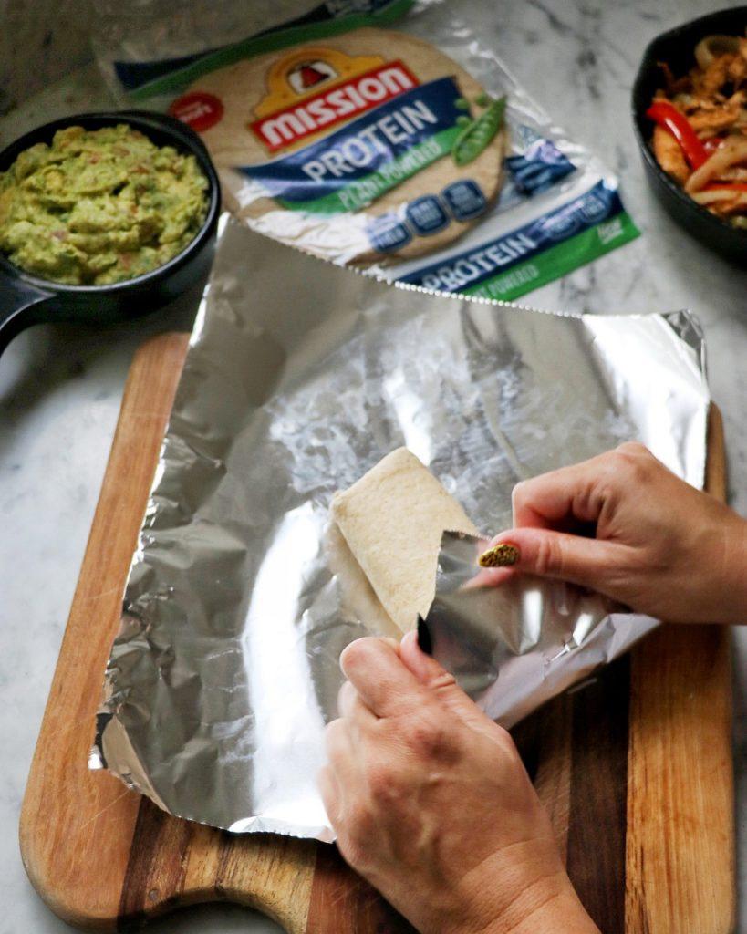 easy picnic recipe idea: chicken fajita protein wraps
